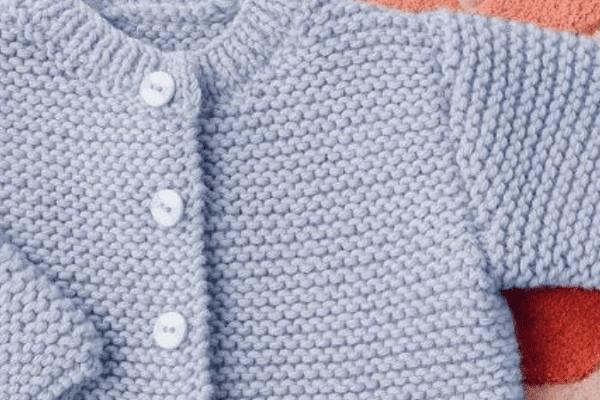 Quel est le point de tricot qui monte le plus vite ?